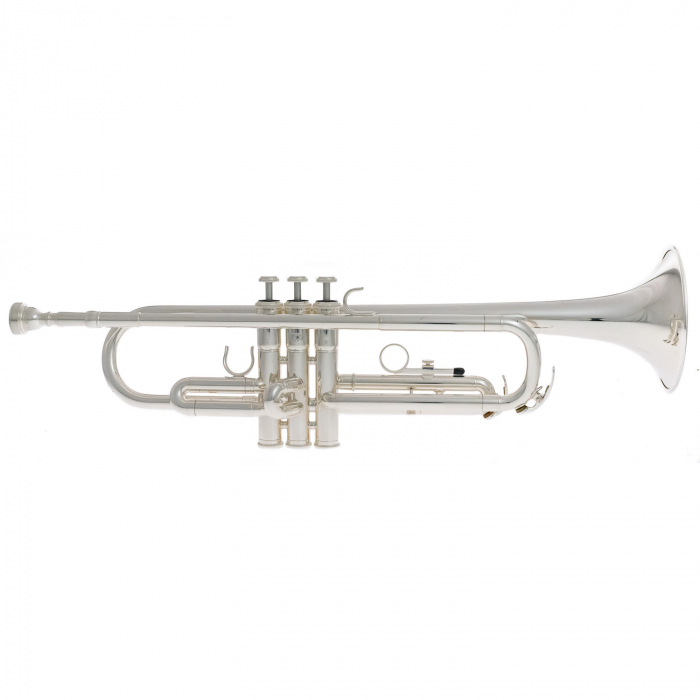 Demo Model Yamaha YTR-2330S Bb Trumpet Silver Plated